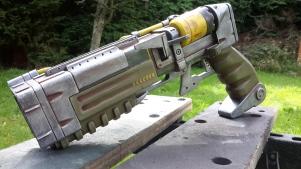 https://craigorgillartandstuff.com/portfolio/fallout-4-laser-pistol/